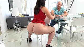 Big ass bitch Virgo Peridot playing strip poker with Jmac Preview Image