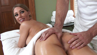 Nicole Aniston gets her massage and ass licking as an extra service Preview Image