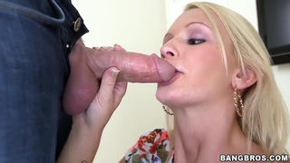 Babe Emily Austin does amazing blowjob in close up Preview Image