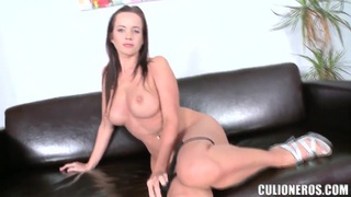 Young Cindy Dollar poses and shows, that she is ready to fuck Preview Image