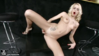 Busty blonde Erica Fontes playing with twat Preview Image