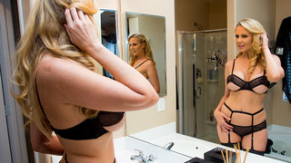 Julia Ann_& Bill Bailey in Naughty America Preview Image