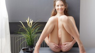 Tini makes her twat orgasmic in_art porn video Preview Image