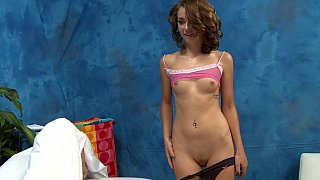 Hot masseuse loves to offer extra services Preview Image