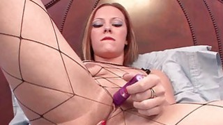 Penelope Sky uses a toy to make herself cum Preview Image