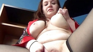 Sinful Skye is fucking her plump pussy Preview Image