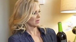 Mature MILF mom Julia Ann fucks a much younger guy Preview Image