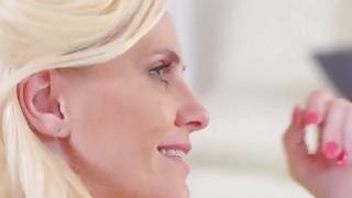 BustedMOM Lili Crissy Yoga Teacher Turns Sex Guru Preview Image