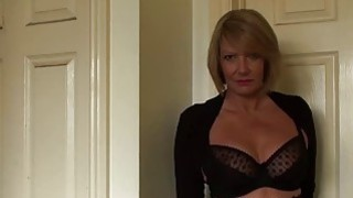 Gorgeous mature lady Amy seduces with her super_hot_body Preview Image