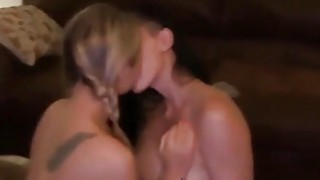 5 Amazing Gfs Making Out Preview Image