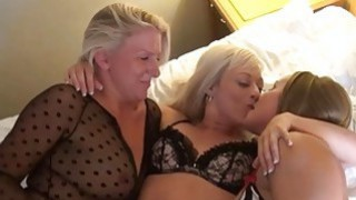 Mature_lesbian_voyeur_girls_fingering_and_pussy Preview Image
