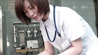Subtitles CFNM Japanese female doctor handjob Preview Image