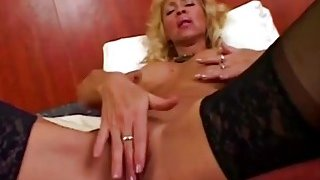 Mature Bodybuilder Blows And Rides Long Schlong Preview Image