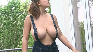 Big boobs window_cleaner Preview Image