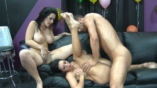 Threesome_fuck_with_two_brunette_sluts_Dylan_Ryder_&_Jayden_Jaymes Preview Image