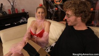 MAture blonde lady Julia Ann seduces stud by her arabic outfit Preview Image