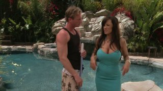 Dumb pool guy with six-pack has to seduce fabulous Lisa Ann Preview Image