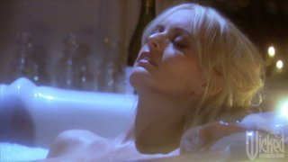 Kinky blondie Stormy Daniels provides a solid blowjob after the hot bath Preview Image
