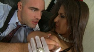 Playful whore Rachel RoXXX gives a blowjob and hot titjob_to_a hard long dick Preview Image