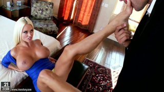 Majestic_blonde_sex_pot_Nikita_Von_James_gets_horny_when_the_guy_licks_her_feet Preview Image