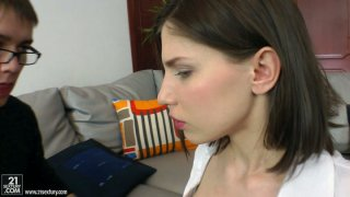 Horny brunette college_chick_Cloee sucks big fresh cock Preview Image
