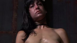 Naive looking brunette mom Elise Graves hanged by neck Preview Image