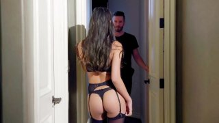 Gianna Dior Learns to Cum after Therapy Preview Image