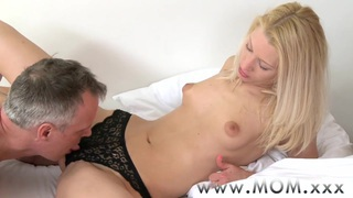 Private japang mom Online videos » Mom blonde milf rides_big cock Preview Image