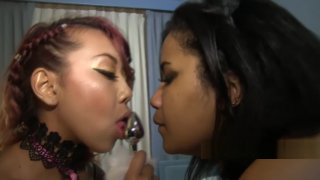 lonni bella strapon freaks kimberly chi Preview Image