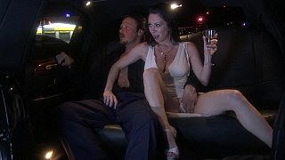 FFM threesome_in a_limo Preview Image