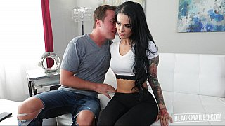 Blackmailed bombshell gives a titjob Preview Image