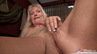 USAwives Pictures Gallery in Hot Slideshow Video Preview Image