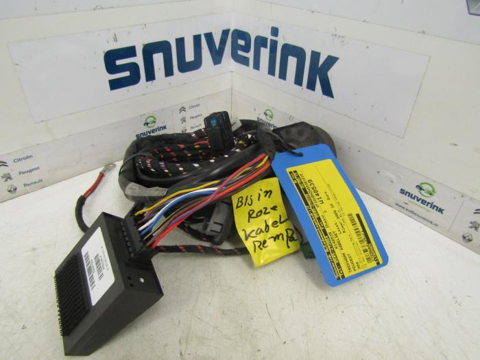 Used Peugeot 308 SW (4E/H) 1.6 HDi 16V Towbar Wiring Kit