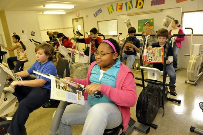 Schools Incorporate Desk Bikes, Pedals for Students to Exercise While Learning