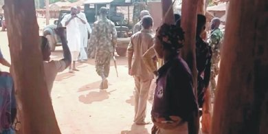 Soldiers escort herdsmen to Ogun villages, flogged Obas, others for rejecting herders
