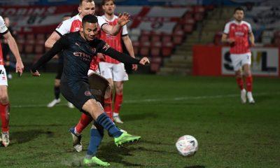 Man City survive FA Cup scare, Arsenal crash out