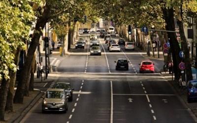 Dos normas de la DGT que cambiarán la forma de conducir en ciudad