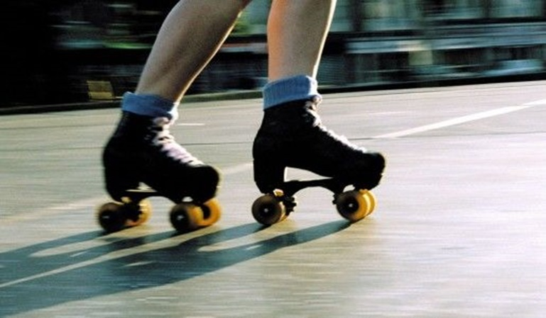 Los patinadores no se libran de las multas