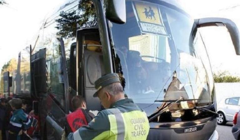Campaña de control de la DGT a los transportes escolares