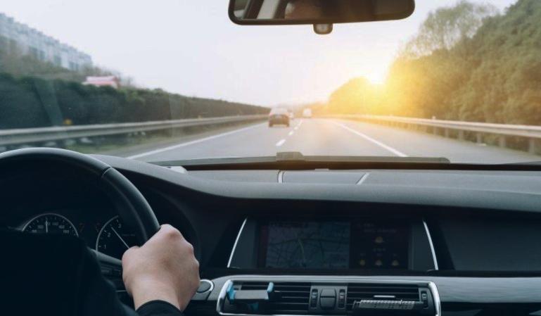 Elementos imprescindibles que debes llevar en el coche