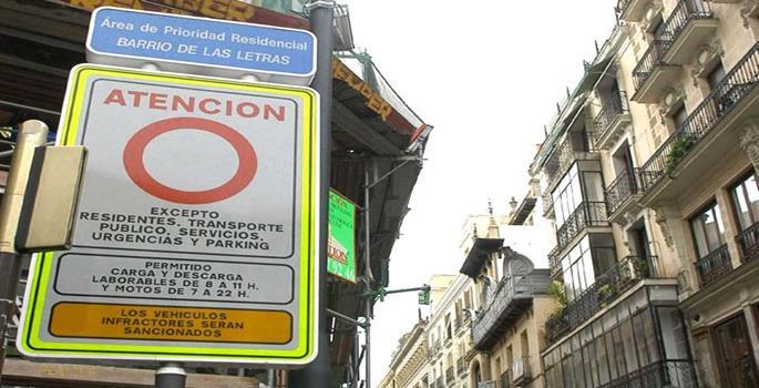 Los cuatro núcleos de Madrid que multan el acceso a los conductores