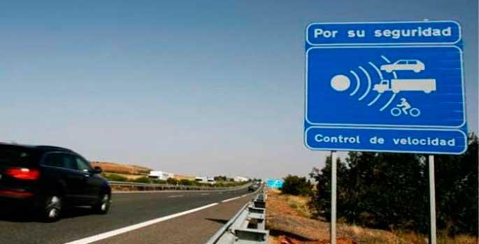 DGT duplica los controles de velocidad en carreteras secundarias