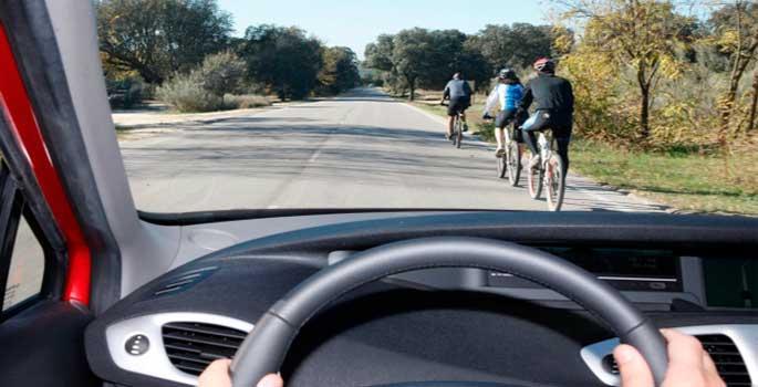 Tráfico reducirá velocidades en carreteras secundarias por los ciclistas