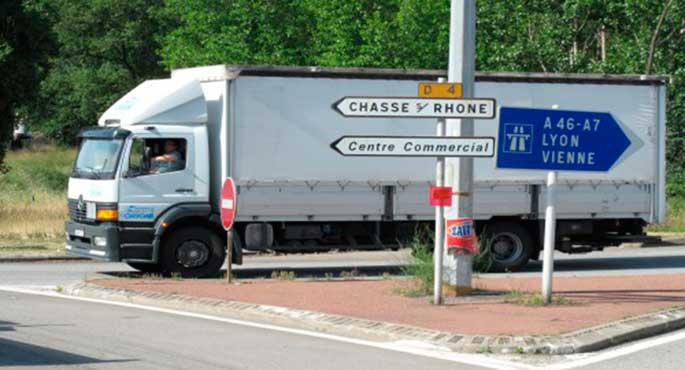 La preocupación de los transportistas por el incremento de multas en Francia