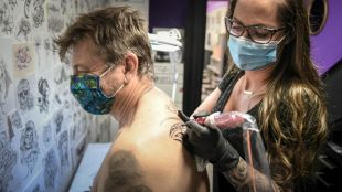 UFC-Que Choisir, warning about the composition of tattoo inks