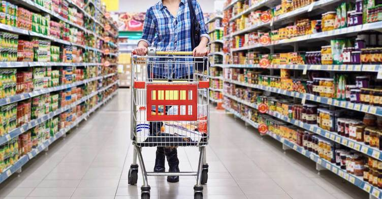3 Grocery Shopping Habits That Are Costing Everyone Time and Money | RamseySolutions.com