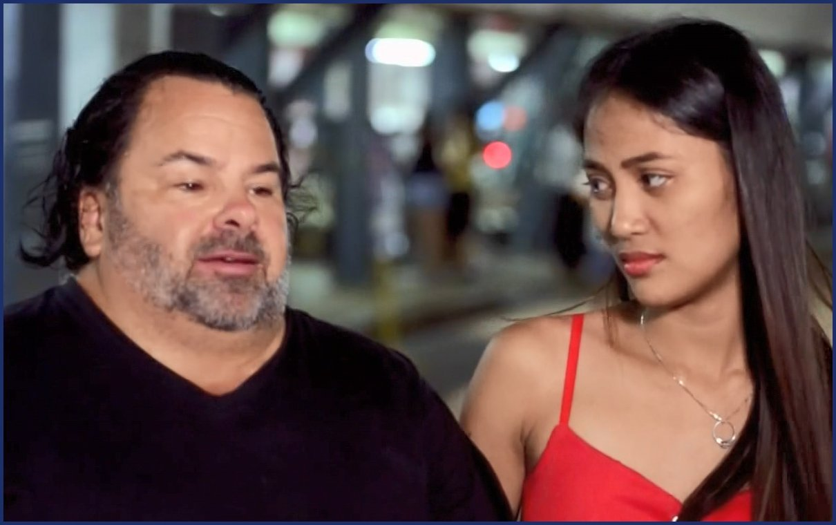 Awkwardness Ensues After 90 Day Fiance Couple Meet For The First