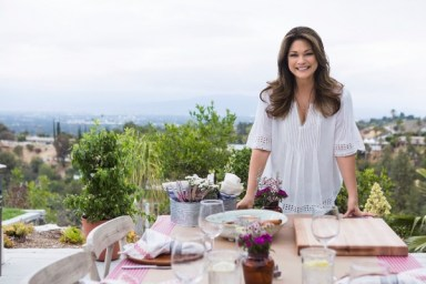 Food Network, Valerie Bertinelli ink multi-project deal