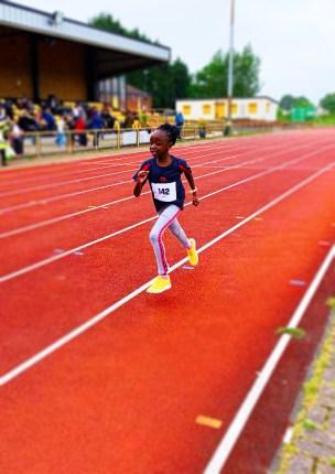 Gloria running blur
