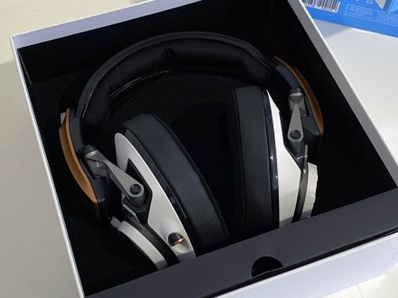 The GSP 601 headset in their box